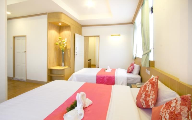 China Town Hotel Bangkok :ห้องคอนเน็คติ้ง