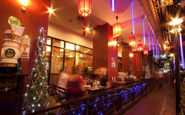 China Town Hotel Bangkok : Service & Facilities