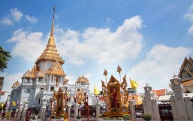 Temple of the Golden Buddha or Wat Traimit