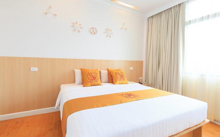 China Town Hotel Bangkok : Standard Room City View