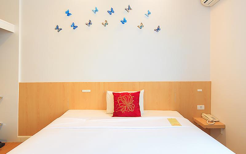 China Town Hotel Bangkok :Standard Room ( 1 Adult )